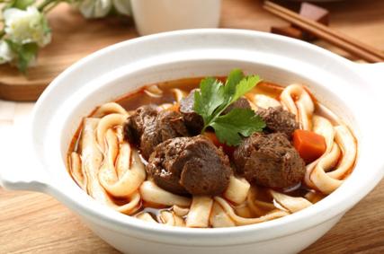 素食紅燒牛肉刀削麵(全素)